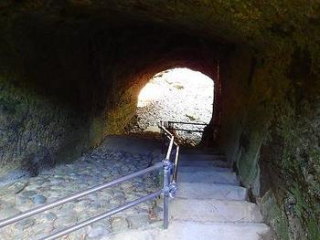 竜宮窟へ通じる階段