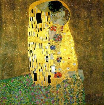 それではここから、お部屋にぜひ飾りたいおすすめの画家と作品をご紹介していきます。ひとつめは、オーストリア・ウィーンの画家であるグスタフ・クリムトの作品。女性をモチーフにした華やかで優雅な作品が特徴的で、中でも1907~1908年に制作されたこちらの「接吻」という作品が有名です。