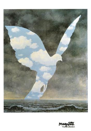 こちらは、1963年に制作された「大家族」という作品です。どんよりとした空が鳥の形にくり抜かれ、内側だけ爽やかな青空となっています。鳥や空とはいまいち結びつかない、「大家族」というタイトルも不思議ですよね。
