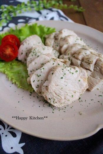柚子胡椒の爽やかな風味も相性はバッチリ♪飽きのこない味で、サラダのアクセントにオススメです。