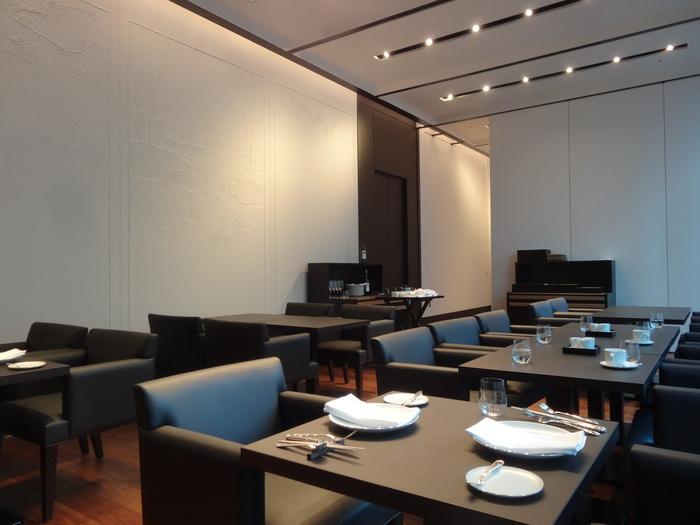 1928年創業。明治時代から愛される、老舗洋食店です。今では全国に8店舗あり、赤坂にあるこちらのお店は「東京東洋軒」と呼ばれています。店内はシックな色合いの落ち着いた雰囲気で、個室も完備。特別な日のお食事にもおすすめです。