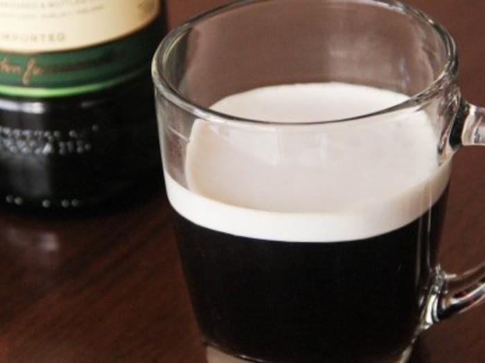 いつもよりちょっとだけ、夜更かししたい日に。 アイリッシュウイスキーの香るコーヒーです。