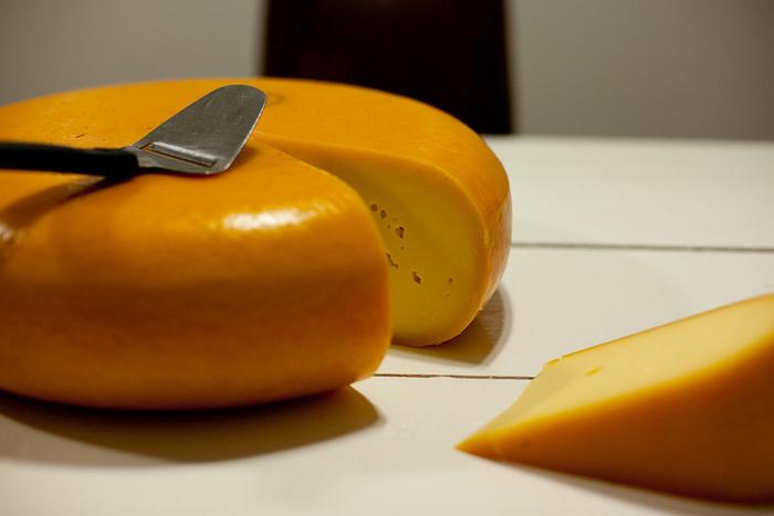 流行りのチーズ「ラクレット」に戸惑う人 ...