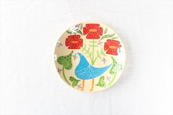 華やかな気分になれる、幸せの青い鳥モチーフが印象的な、沖縄工房双子堂のやちむんです。