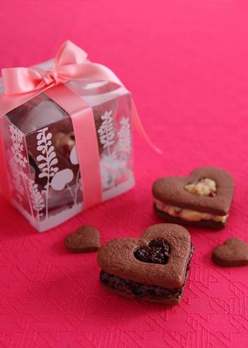 クッキーもバレンタインには欠かせないスイーツのひとつですよね。バレンタイン仕様に作ってみましょう?