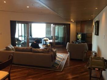 全室ともオーシャンビュースイート。274平米にも及ぶ「プレジデンシャル・メゾネット・ジャグジー」から、和洋室のスイートなどさまざまなタイプがあります。