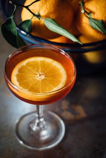 フルーツや炭酸、シャンパンなどと合わせてオリジナルカクテル作りも♪