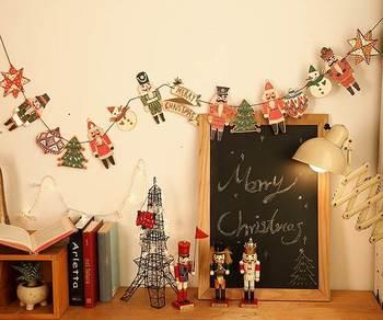 こんなにかわいいガーランド。  クリスマスをガーランドで彩ってみる、というのも素敵なアイデアです。
