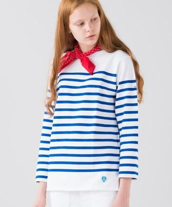 1939年フランスのリヨンで設立したマリンウェア・ブランド「ORCIVAL(オーシバル)」。1950~1960年代には、オーシバルのマリンTシャツがフランス海軍の制服として採用された由緒あるブランドなのです。