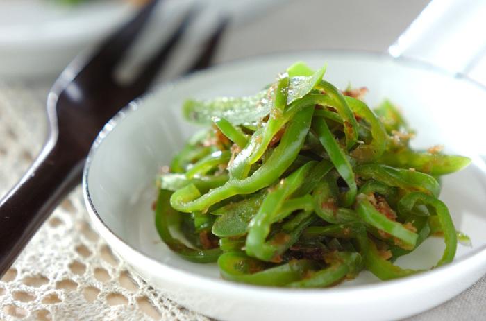 一品はほしい緑の副菜。 栄養満点のピーマンは、一工夫でもっとおいしくなります。