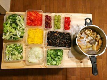 """ネットや雑誌で見るおいしそうなお弁当の共通点は""""彩り""""と""""手間ひま""""。"""