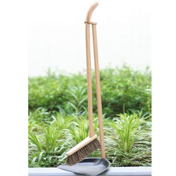 置いておくだけで気分が上がるようなおしゃれなお掃除道具があれば、気づいたときに楽しくさっとお掃除ができますよね。