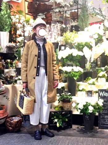 ポケットとしても使えるので、利便性もアップしますね♪冬らしいファーも素敵ですが、アイデア次第で冬のかごバッグは色々なコーディネートが楽しめます。