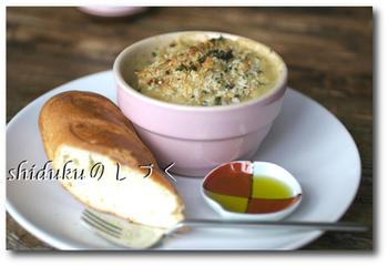 お鍋1つで作るヘルシーなグラタンは、バターを使わないので軽い口当たり。仕上げに粉チーズやをふりかけても美味しそう!