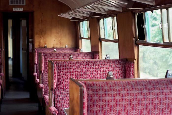 電車で眠くなるのも揺れが1/f だからだそうで、人が快感を感じるパターンなのだとか。