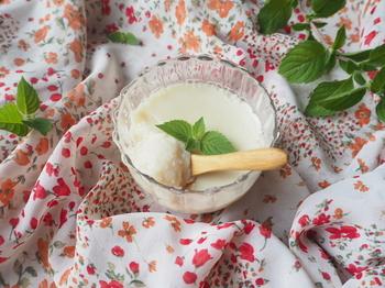 ■はちみつ豆乳杏仁豆腐■ 蜂蜜と杏仁霜の風味でさっぱり食べやすいので、豆乳が苦手…という方にもおすすめです◎