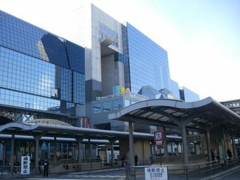 京都旅行を楽しんで、帰ろうと京都駅に着いてから「お土産を買い忘れた!」と気づいてしまったとき。慌てなくても、大丈夫!京都駅内でお土産を購入することができます。