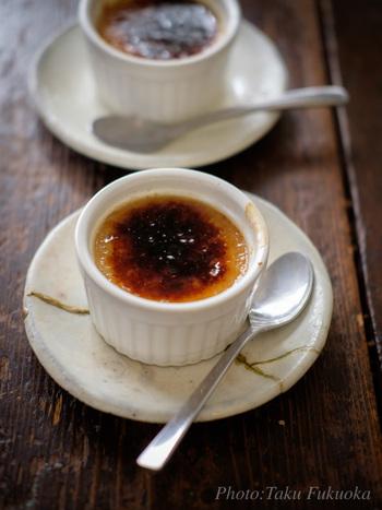 黒糖の味わい深さが感じられるクリームブリュレは、どこか和の趣も…コーヒーは勿論、日本茶とも相性が良さそうですね。