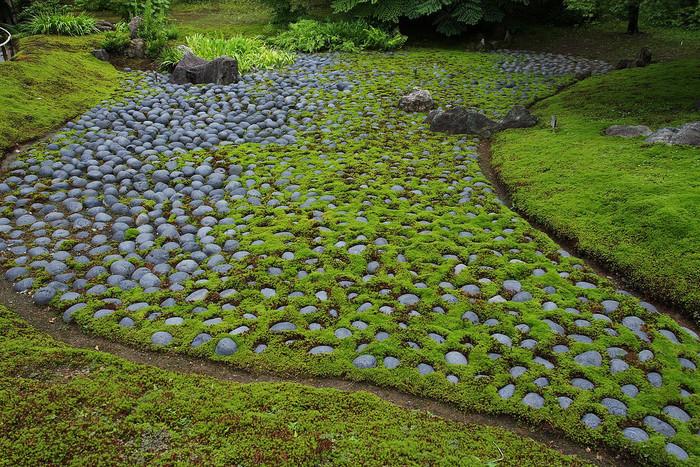 【宝厳院の借景回遊式庭園『獅子吼の庭』】