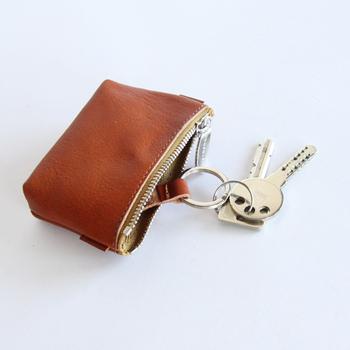 鍵もつけられる2wayポーチも便利!「鍵がない!」といつも焦ってしまう人にはオススメの一品!