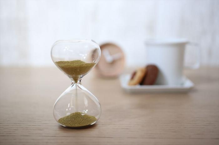 掃除に長時間かけるようにすると、「まとまった時間が取れないときは掃除はできない」という思い込みにつながるので、短時間で切り上げるようにしましょう。あまり疲れないくらいの時間で済ませれば、掃除がそれほど苦ではなくなります。