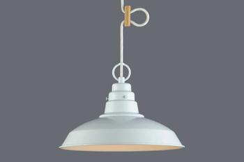 潔さを感じさせるシンプルなペンダントライトは、照明を主張させたくない場合におすすめです。キリッとした形で、部屋をすっきりと見せてくれます。