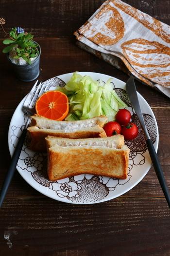 ツナとマヨネーズの組み合わせは定番ですが、こちらは水切りヨーグルトでさっぱりと。カロリーが抑えられる上、ほどよい酸味が品のある味わいを引き出してくれています。