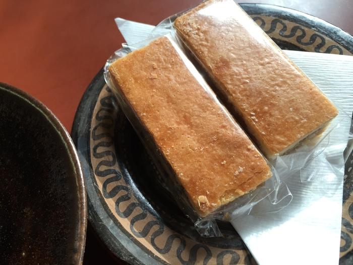 お土産に人気のくるみクッキー。くるみの香りが立つ素朴な味わいで、リピーターも多い一品です。ティータイムのお供にもどうぞ。