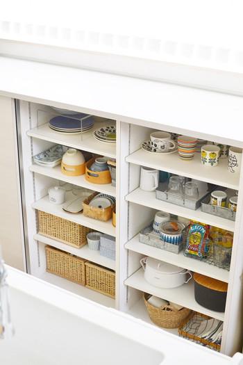 ちょこまか動こうと考えているうちに、食器棚やタンス、ワードローブが整理され、気付かないうちに素敵なお家になっているかも?