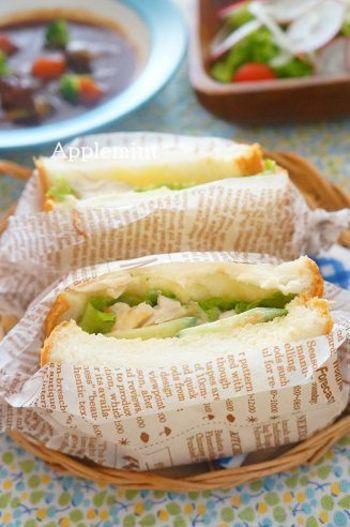 ささみときゅうりのヘルシーサンドに、ちょっと珍しい梅マヨを合わせたサンドイッチ。ちょっと体力が落ちているときも、ほどよい酸味が食欲を増進させてくれますよ。