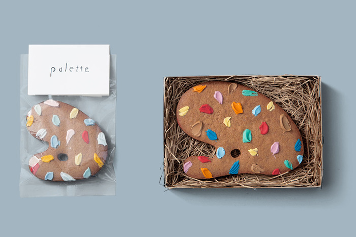 まるで画家のパレットのようなジンジャークッキー。毎回違う色合いのパレットが登場してワクワクします。