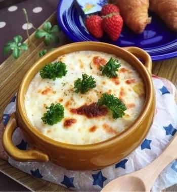 豆腐を使ったグラタンレシピはたくさんありますが、主に「豆腐を具として使うレシピ」と「豆腐をソースとして使うレシピ」のふたつに分けられます。