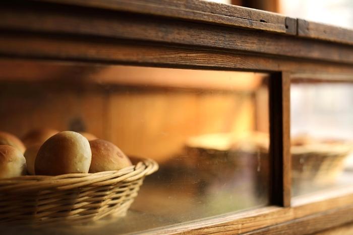 素材にこだわりを持つパン屋さんばかりで、午前中には売り切れてしまうパンも続出です。
