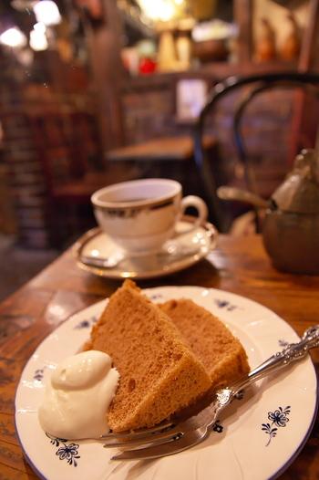 シフォンケーキは手作りの素朴な味わいが楽しめます。