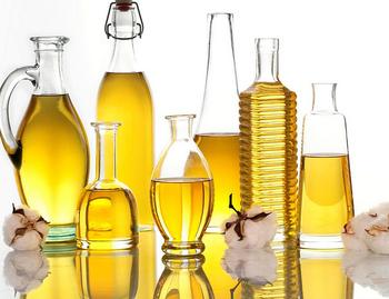 菜種油ってどんなもの?国産はどうして高いの?キャノーラ油との違いは?など、詳しく知らない疑問を解決していきましょう!