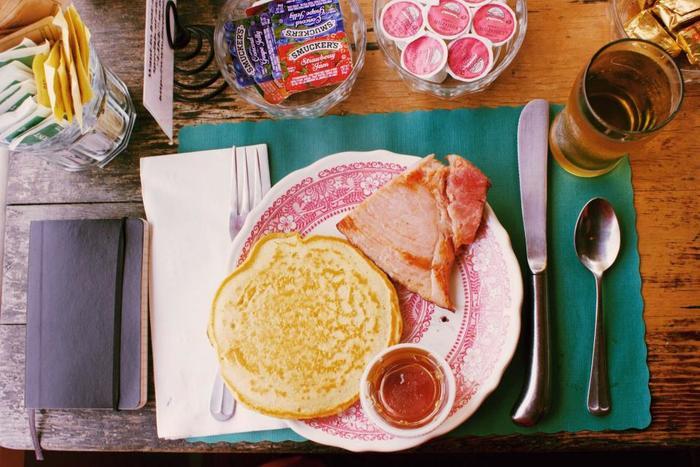 甘いものが苦手な人もOK♡おしゃれなお食事パンケーキレシピ