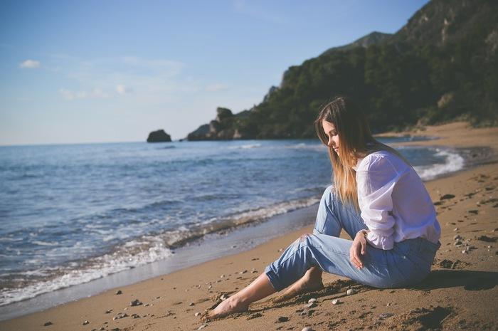 """""""瞑想""""と聞くと少し難しそうなイメージがありますが、実際はそんなに難しいものではありません。以下のHPでは、初心者さんでも実践しやすい瞑想法が紹介されています。ぜひ参考にしてくださいね♪"""