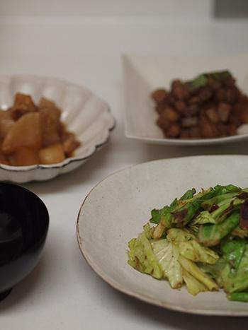 毎日の晩ごはんやお弁当、今日はどうしても作る気になれない…!って時ありますよね。 外食やコンビニで済ますのも、たまにはありですが、やっぱり手作りが体だけでなく心にも良いもの。
