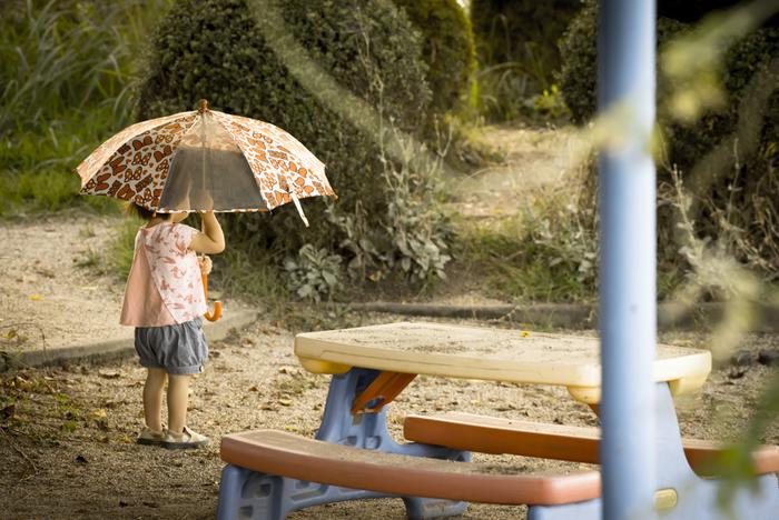 「ときどき大雨が降る」の意。ざあっと降る夕立より、近年では異常気象による大型台風やゲリラ豪雨のほうが強い印象がありますね。