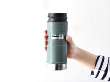 マイボトルを持ち歩くだけで、コーヒーショップに寄って購入していたコーヒーやジュースなどの「ラテマネー」を減らすことができます。無駄なゴミも出ないので環境にも◎です。