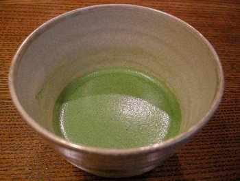 メニューのほうは、例えば抹茶だけでも「雲門の昔(うんもんのむかし)」、「北野の昔(きたののむかし)」、「京極の昔(きょうごくのむかし)」、「閑の白(かんのしろ)」。