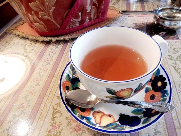 店内にはティーマネージャー、フランス紅茶のコンサルタントの資格を持つスタッフがいるので、お茶の温度、保温状態などサービスが行き届いています。