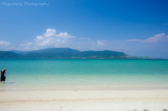 青い海と青い空に包まれて。まるで異国のような南国リゾート「小浜島」を旅してみませんか?