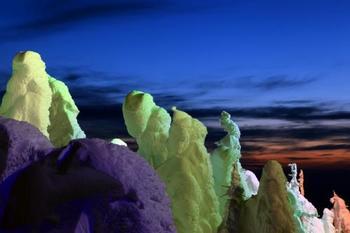 宇宙の大きさ・自然の偉大さが、感じられる山形の樹氷。 思わず言葉を失ってしまいそうです。