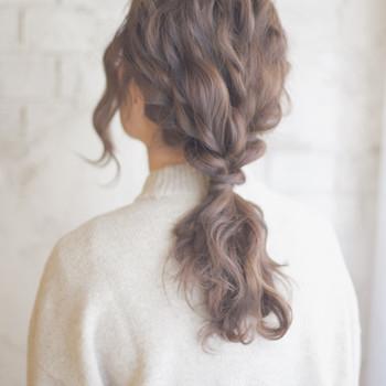 海外の女の子のヘアスタイルの基本は、ゆるっと、ふわっと。