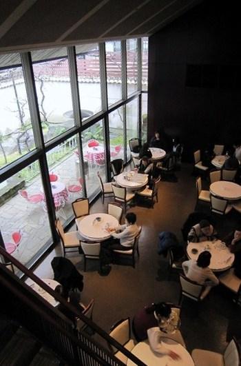 落ち着いたシックな店内  ゆったりとした雰囲気で本格コーヒーを味わえる素敵な空間です♪