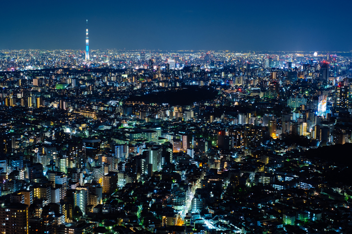 宝石みたいに輝く夜景は、仕事でちょっと疲れた心を高鳴らせてくれます。夜景を見にちょっと遠くまでドライブしてみたり、または思い切って夜景の見えるホテルを予約しておくのもいいですね!特に頑張った一週間には、こんなご褒美もありです♪