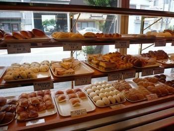 「他では余るから買わないけれど、ここの食パンだけは一斤で買う」という家庭もあるパンネル。阪神間の百貨店の催事やイベントに出店することも多いことから、その人気ぶりがうかがえます。