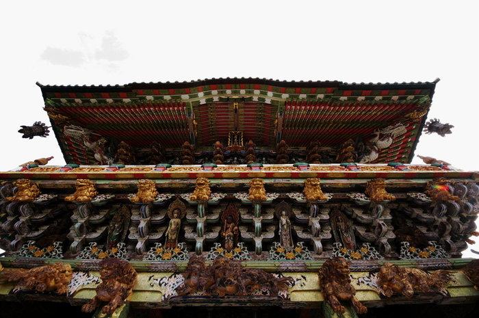 「耕三寺」は、耕三和上が母の菩提追悼のために建立した浄土真宗本願寺派の寺院。堂塔はさまざまな国宝建造物を手本に建てられ、その多くが国登録有形文化財に登録されています。そして、寺院が博物館になっており、仏教・茶道美術などの名品が鑑賞できます。