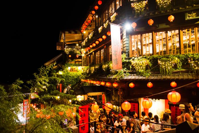 アジアでとくにおすすめは、台湾。高級ホテルやエステはもちろん、屋台のおいしいご飯や温泉、歴史的な建物や情緒あふれる街並みなどなんでもそろった台湾なら、楽しみ方も自在。母も娘も十分に満足できるたびになりそう。日本語もかなり通じるとか。